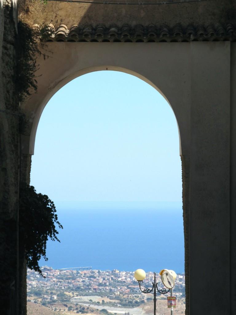 Itinerari in calabria cooperativa kairos - La porta del sole ...